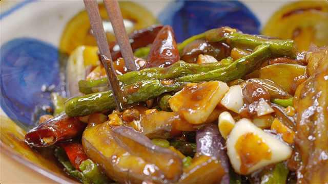夏季下饭菜:茄子烧豆角