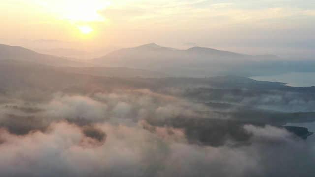 绝美!辽宁丹东密集出现云海景观:当地村民还以为是雾太大