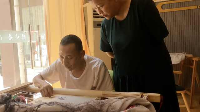 50岁独臂绣娘从事蜀绣14年,免费教残疾人蜀绣,徒弟上千人