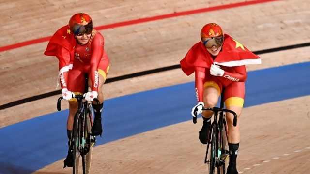 启蒙教练谈鲍珊菊东京奥运会夺冠:她天赋一般,但能吃苦敢拼