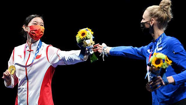 """在""""更团结""""的奥林匹克下 还搞""""更对立""""的小动作?"""