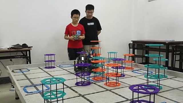 小学生有多卷!11岁男孩成编程世界冠军,客厅直接装修成书房