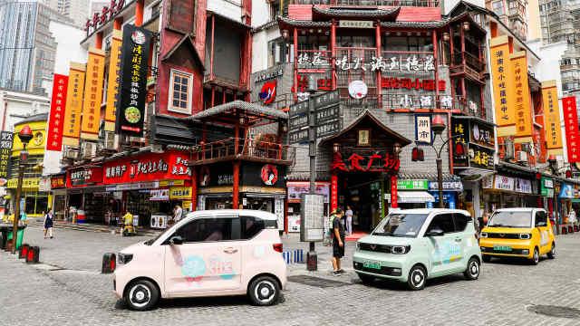 五菱宏光MINIEV 年销37万辆 本月发布两座新车