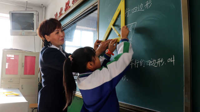 女教师患两种癌9年坚守教学一线:没了颜值健康,但要有精气神