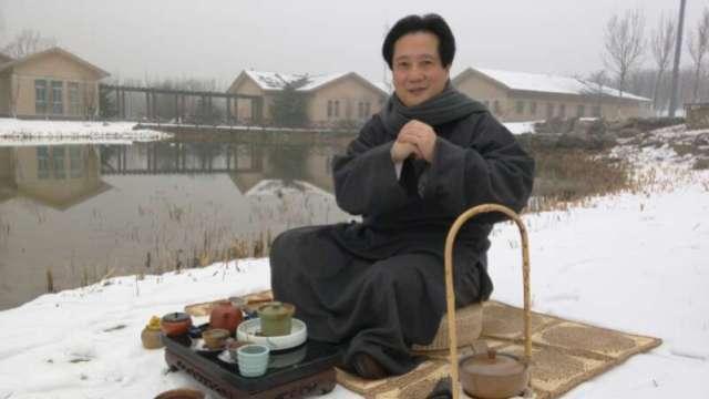 这位画家泡的茶,每个人都想品尝