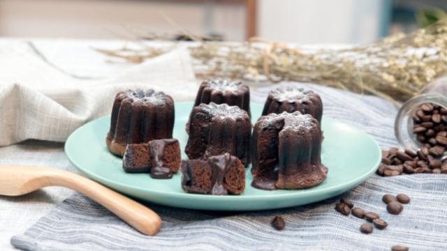 会流心的巧克力熔岩蛋糕
