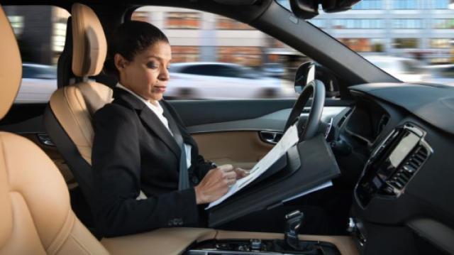 迪拜的无人驾驶技术已经开始商用
