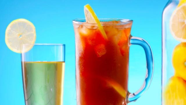 这样做解腻神饮:港式冻柠茶