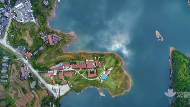 我没航拍,是千岛湖的湖面自己在飞