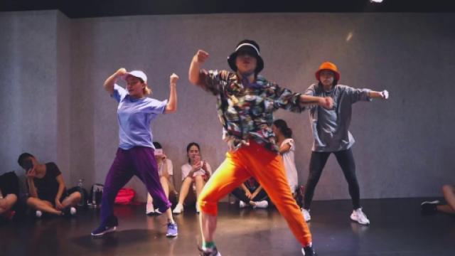hiphop编舞《drop》,像是在开派对
