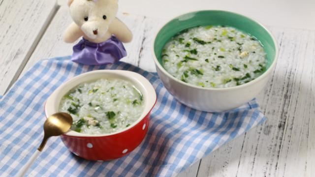 简单易学的菠菜鸡肉粥,吃好有营养