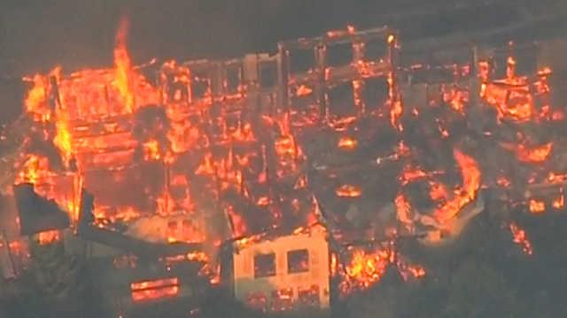 美国加州北部山火蔓延,如同末日