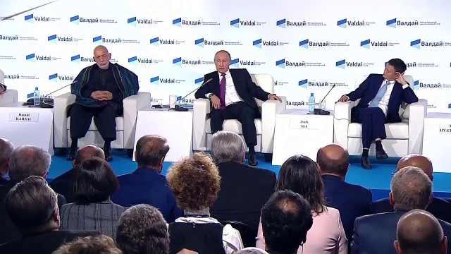普京瓦尔代经济论坛谈俄罗斯民主