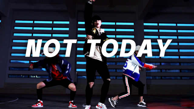 cool!BTS《NOT TODAY》炫酷翻跳!