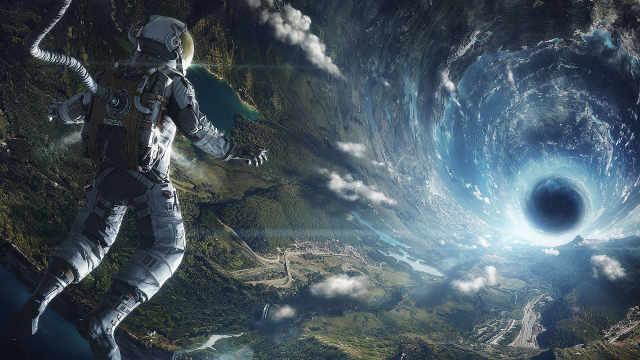 世界末日,男子穿越时空拯救地球