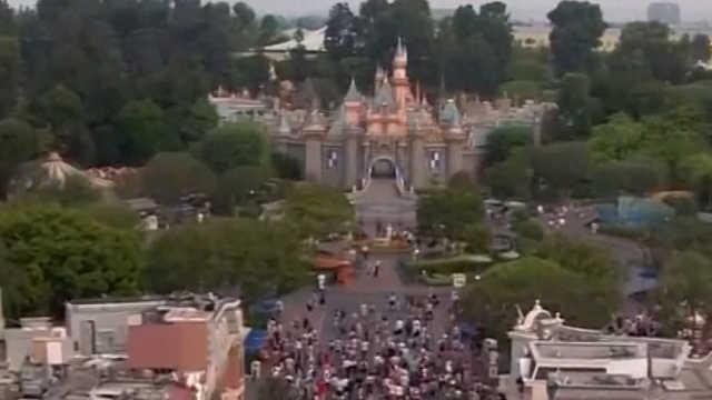 """美国加州迪士尼乐园爆发""""军团病"""""""