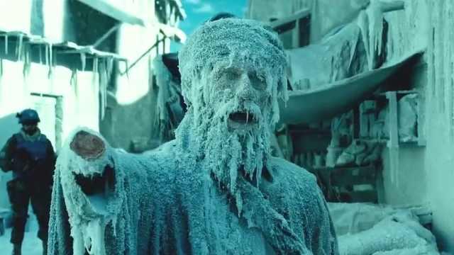 冷空气来袭,人们来不及跑就被冻住