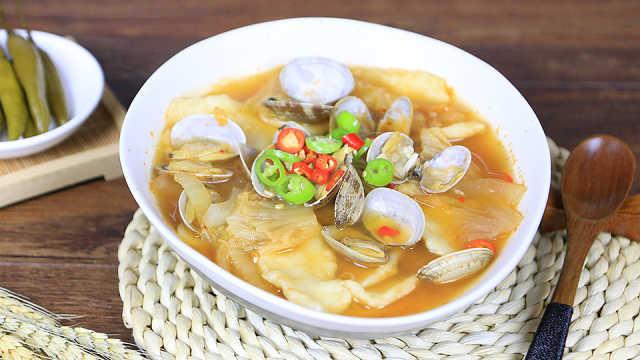 快手美食辣白菜面片汤