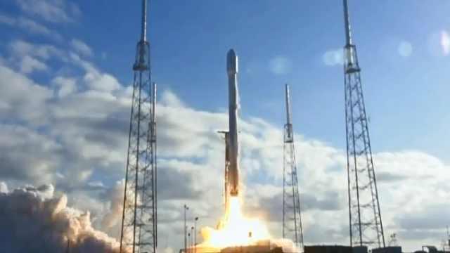 "SpaceX成功发射火箭""猎鹰9号""!"