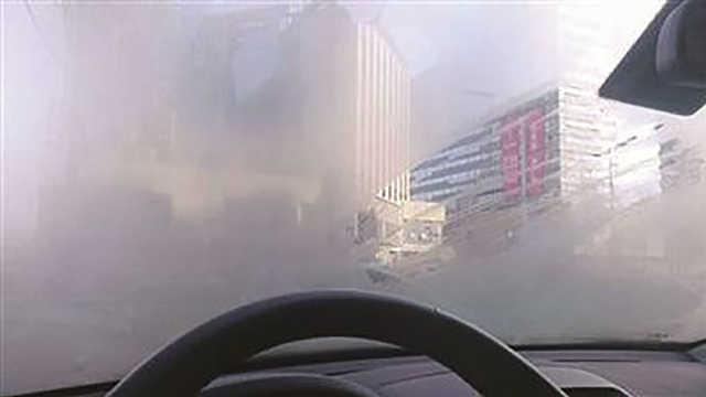 如何避免冬天挡风玻璃起雾?