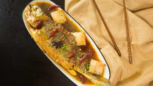 美味刺少的黄鱼烧豆腐,吃鱼没烦恼