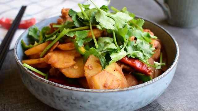 干锅这样做,在家也能享受麻辣诱惑