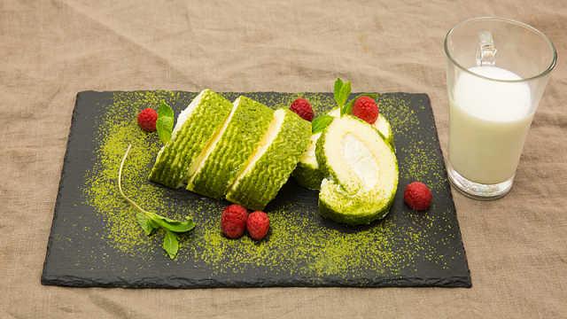 来点绿色的抹茶味波浪蛋糕!
