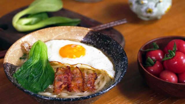 清晨热汤面,唤醒一整天的美味早餐