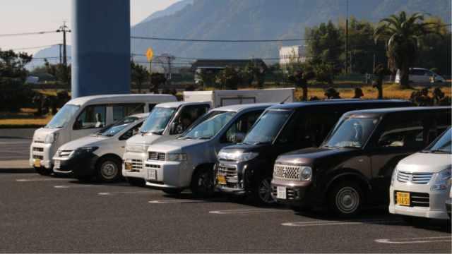 日本有钱人,为什么总爱开便宜车?