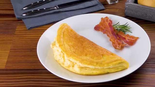 简单美味的煎蛋卷,自制早餐美食