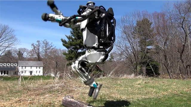 波士顿动力机器人再进化:能跑能跳
