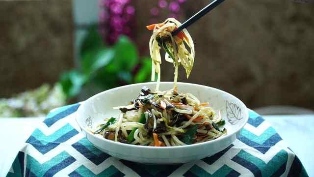 夏季快手菜,韭菜炒银芽