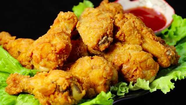 香辣脆皮鸡翅,鸡翅这样做超美味