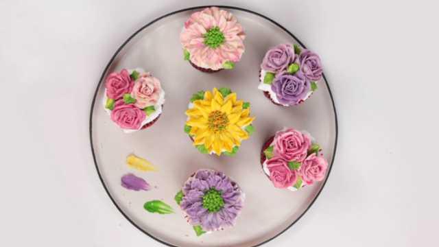 厨房生活家:小姐姐DIY裱花蛋糕