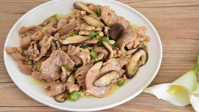 香菇炒里脊:香嫩无比的下饭菜