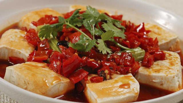 10分钟懒人菜谱:剁椒豆腐
