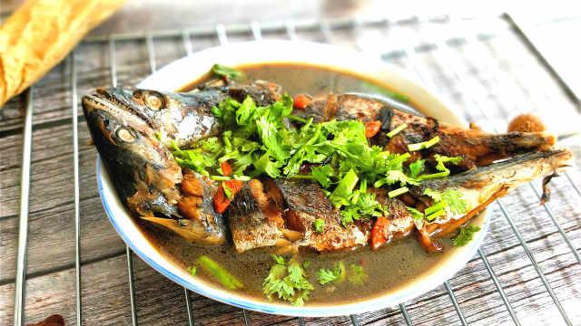 红烧鲅鱼这样做,肉质细腻味道鲜美