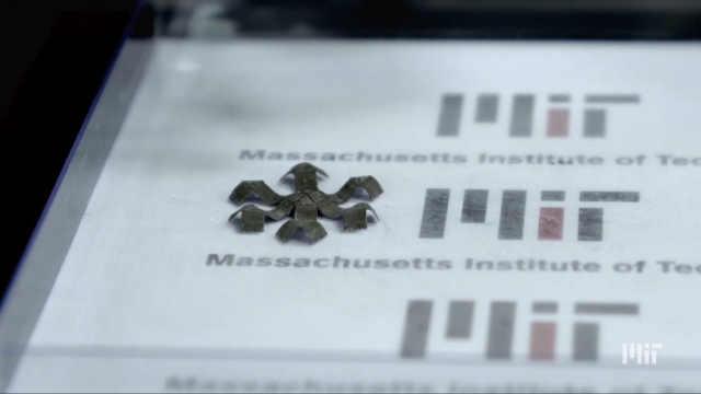 MIT研发3D打印磁铁能跳能爬能接球