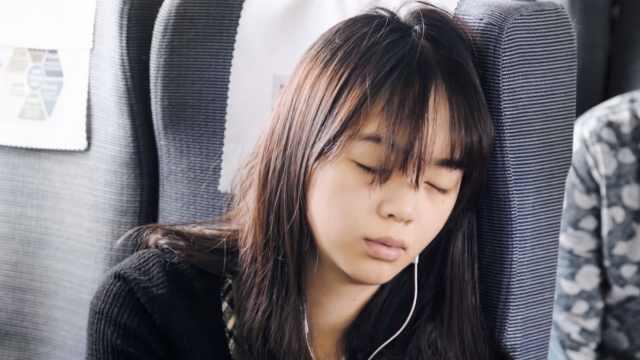 中国人均睡眠时长降至6.5个小时