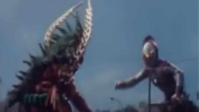 爱迪奥特曼和怪兽比试相扑!