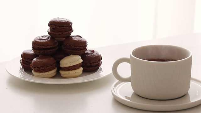 酥脆甜美的巧克力马卡龙