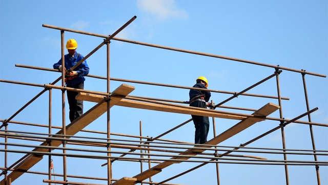 建筑工人的工作有多危险?