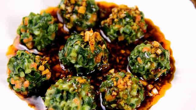 经典的农家菜——韭菜丸子