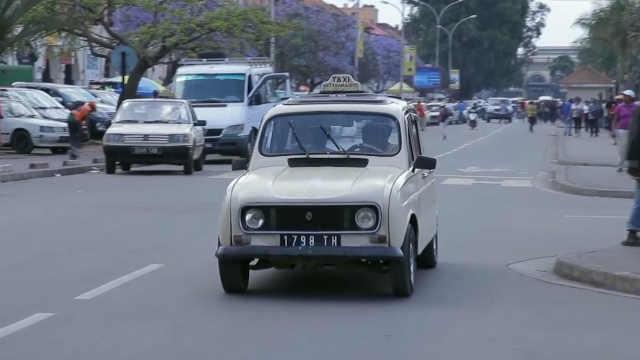 法国复古老爷车在马达加斯加出租!