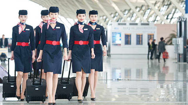 飞国际航班空姐,下班后都住哪里?