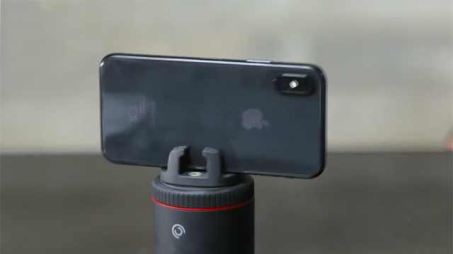 手机摄像头支架,镜头随人像移动