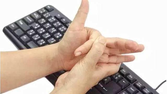 咔咔掰手指,关节里发生了什么?