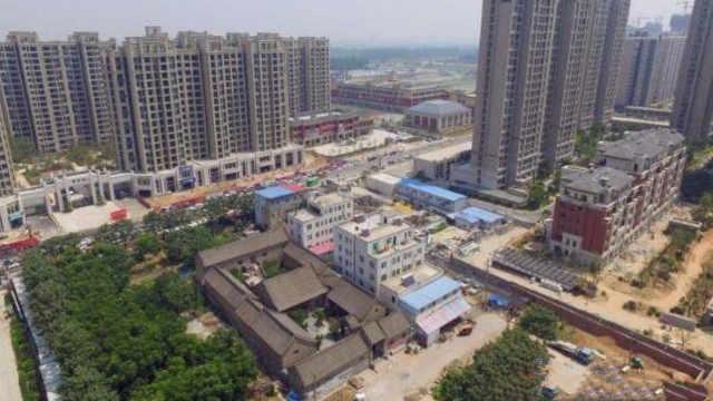 闹市区里的郑州古宅