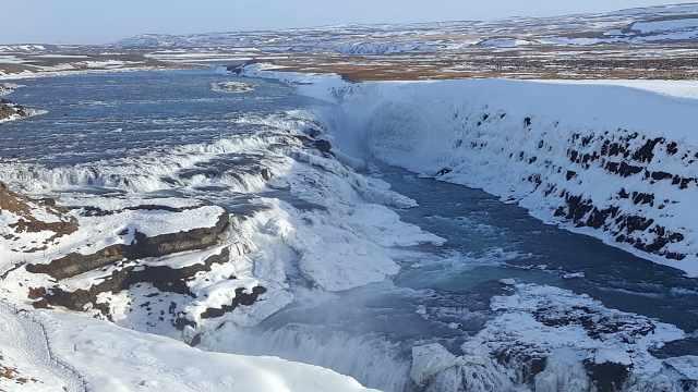 世界第一冰瀑布惊现冰岛