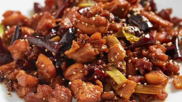 鸡腿肉吃法万千,这道菜最为惊艳!